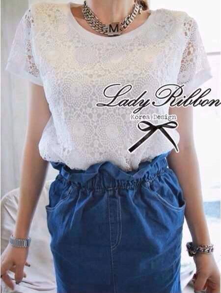 Lady Ribbon White Crochet Blouse เสื้อลูกไม้โครเชต์