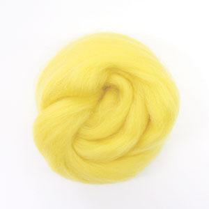 ใยขนแกะเกาหลี เกรดพรีเมี่ยม 002 สีเหลืองอ่อน ขนาด 50g/ก้อน (Pre-order)