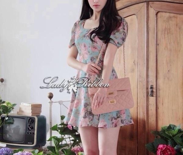 Lady Ribbon Blooming Pastel Dress เดรสพิมพ์ลายดอกไม้สีพาสเทล